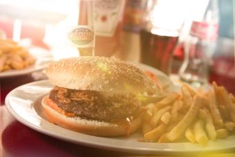 Ein Burger mit Flares