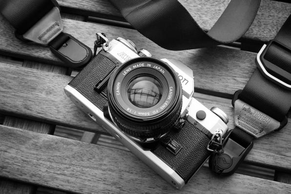 Canon AE-1 mit 50 f/1.8
